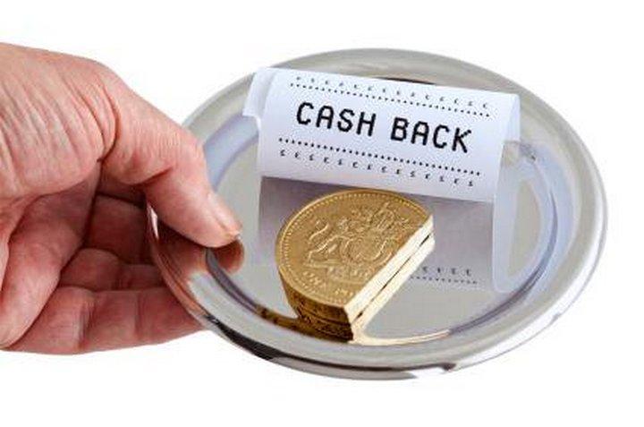 Фрагмент монеты на тарелке