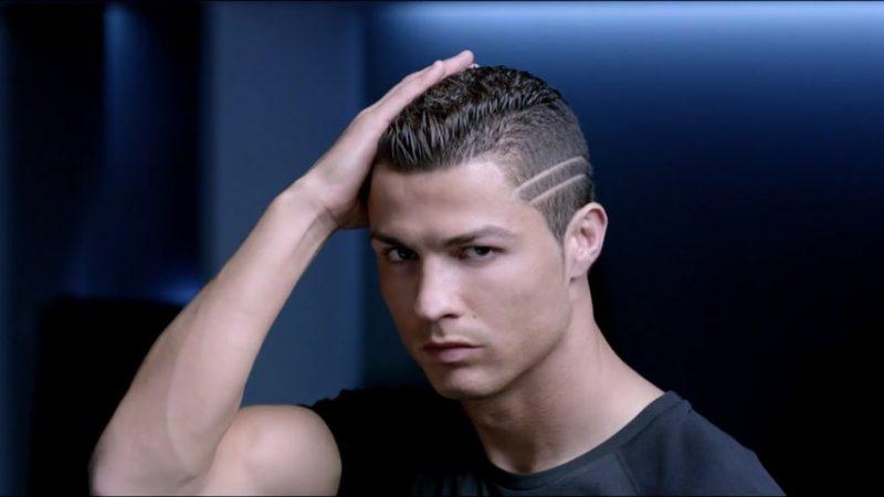 Кадр из рекламного ролика про шампунь