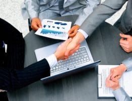 Отношения между физическими и юридическими лицами