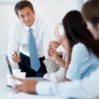 За сколько работодатель должен предупредить о сокращении либо увольнении своих сотрудников