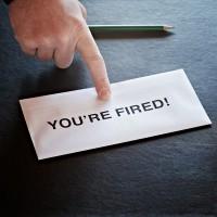 Расчет при проведении увольнения сотрудника по собственному желанию в 2017 году
